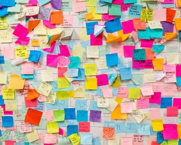 organizar suas anotações em post-it